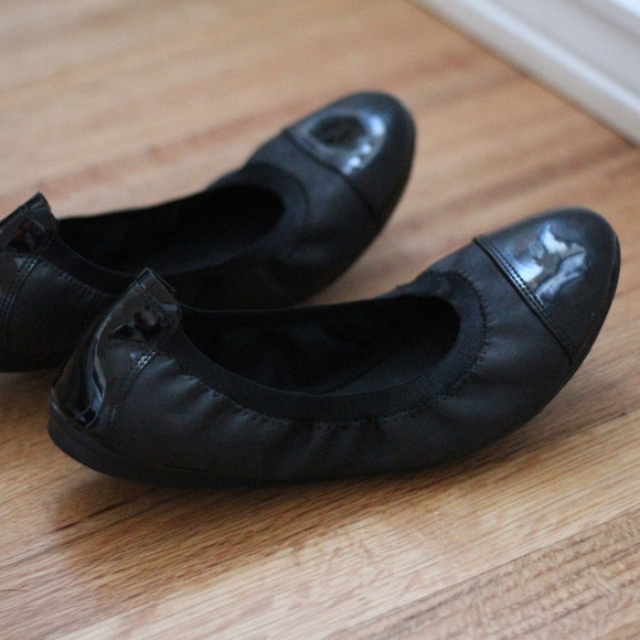 3a24736271 Easy Spirit Shoes - Easy Spirit black patent leather ballet flats